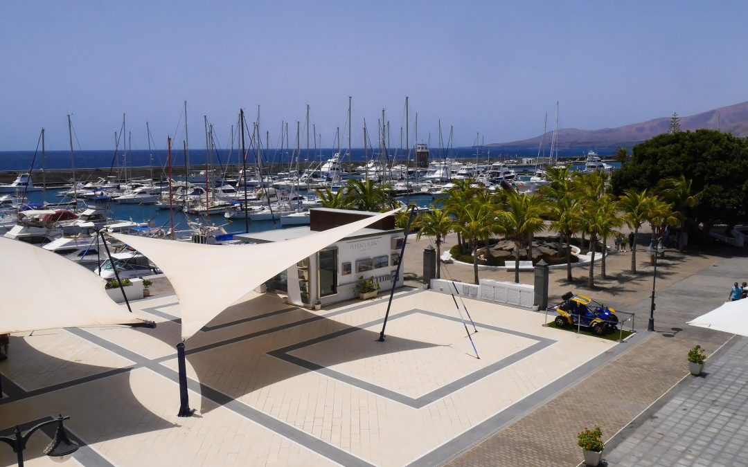 Come and work in beautiful Puerto Calero