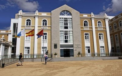 The Cabildo and the town halls closed today