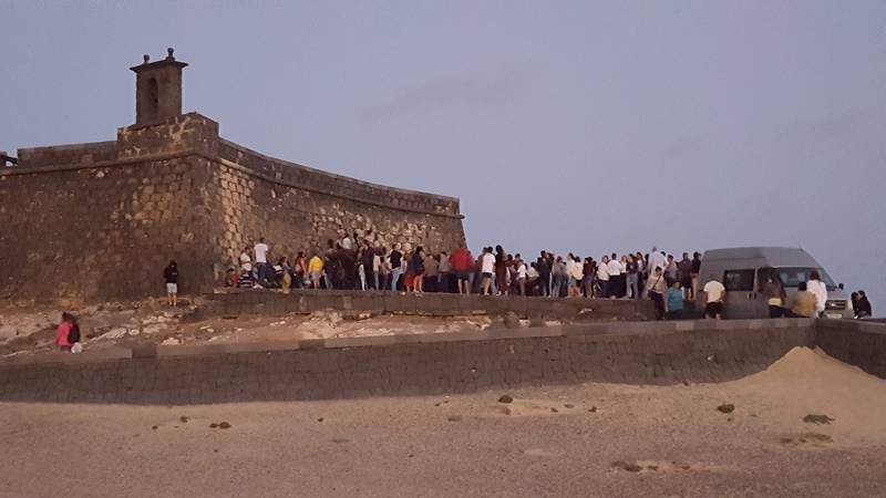 Do you know how many people saw the lunar eclipse in Arrecife