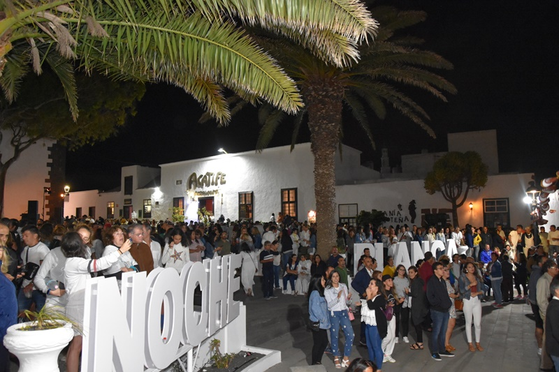 Thousands of people in the White Night of Teguise