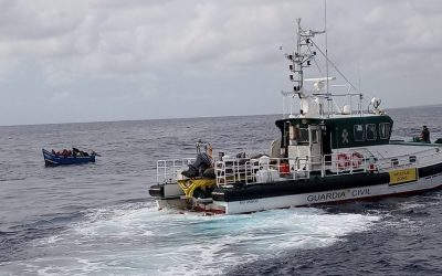 A new boat arrives on the island after a small truce