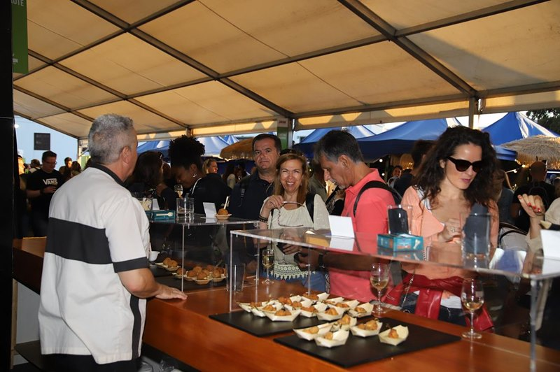 Thousands of people enjoy the 'Traditional Cooking Festival'