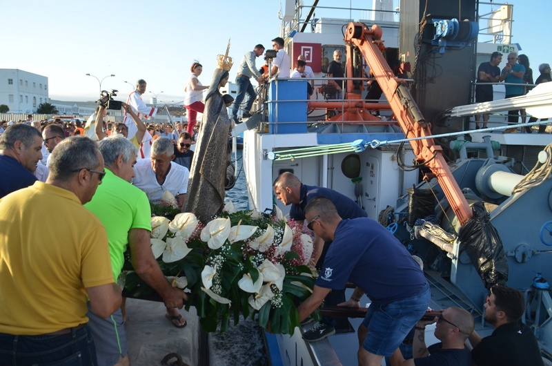 Maritime procession of the Virgen del Carmen in Valterra was lived