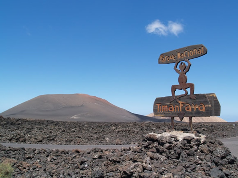 Timanfaya, among the 20 natural wonders of Spain