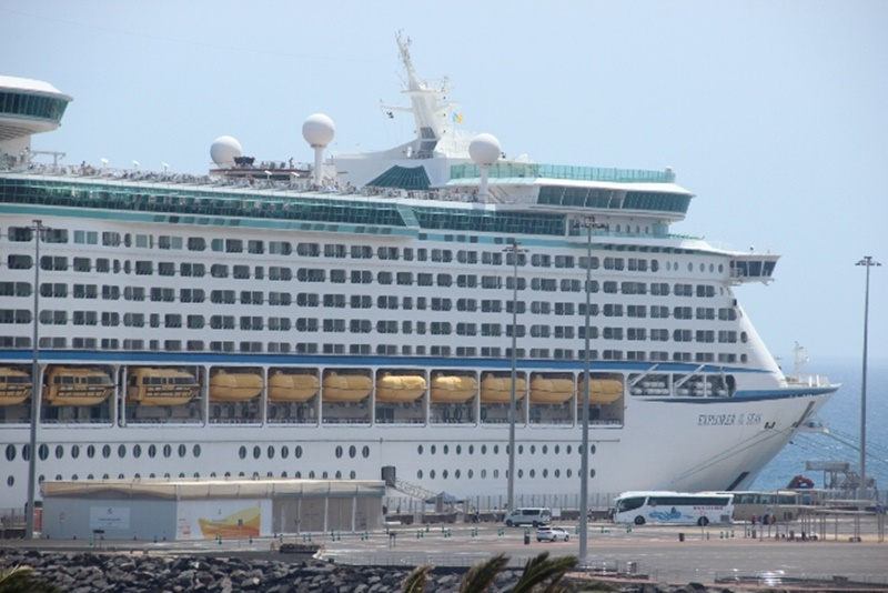 Cruise ship record in the port of Arrecife