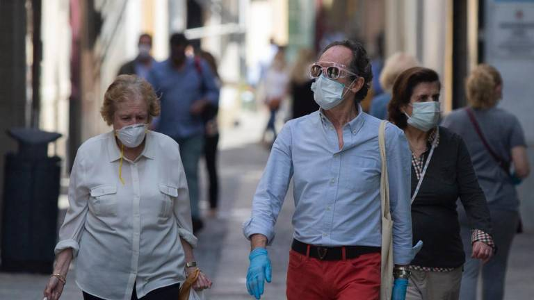 """The Canary Islands Government does not extend the mandatory nature of the mask, but will intensify its """"vigilance"""""""